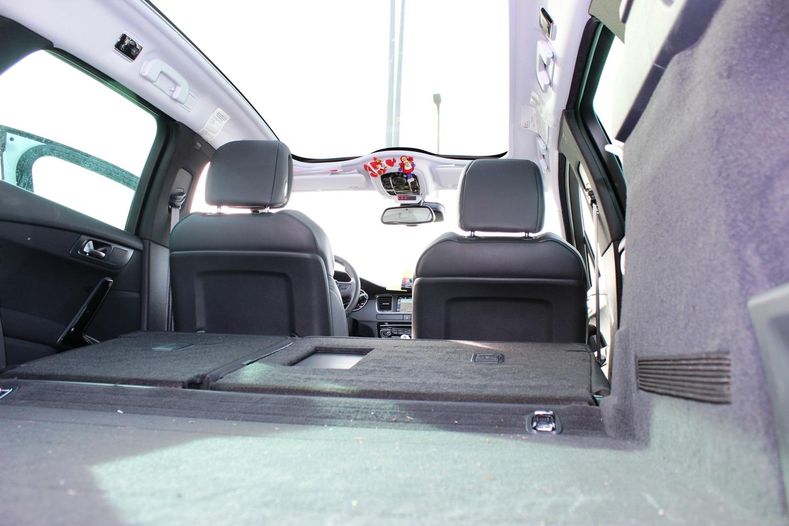 taxi monovolumen León